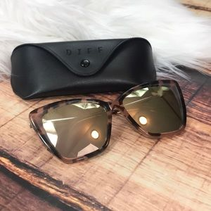 Diff Becky Cat Eye Sunglasses Himalayan Tortoise